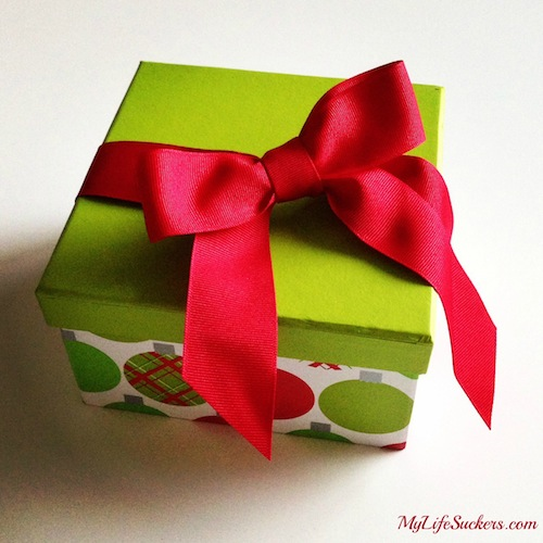 spouse-buy-gifts