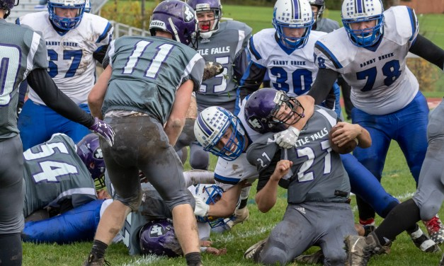 Comets can't hold back Mounties as they post 26-13 win