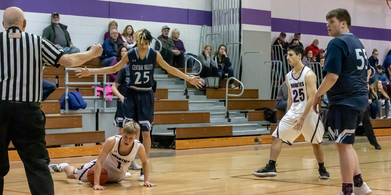 Mounties fall to Thunder in 76-53 loss