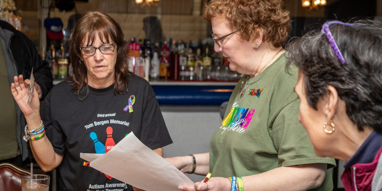 Third Annual Tom Bergen Memorial Autism Awareness Bowling Tournament brings out crowd