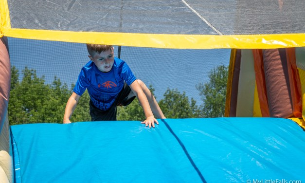 More than 200 people attend Alpine Community Carnival