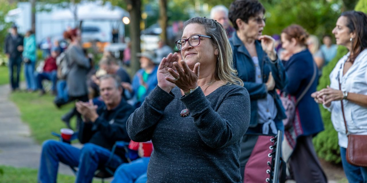 Bluegrass Festival draws crowd to Canal Place