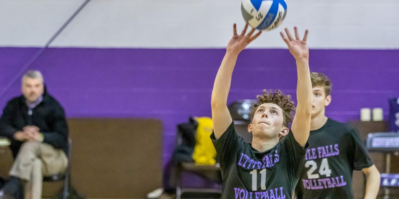 Boys varsity volleyball team drops three to Oneida