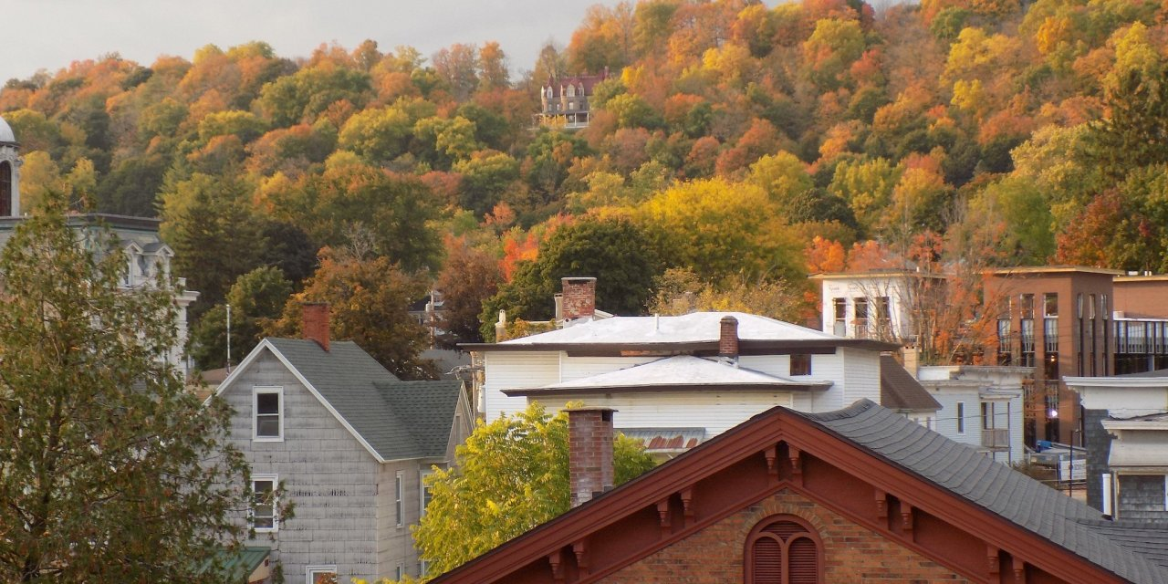 Peak foliage in Little Falls