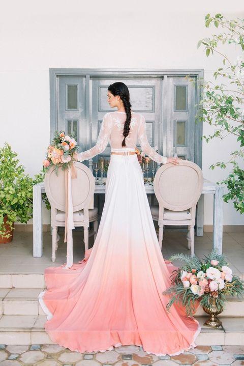 vestido de novia living coral pantone 2019