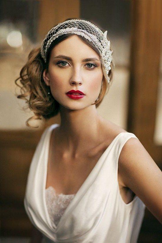 peinado de novia con casquete vintage