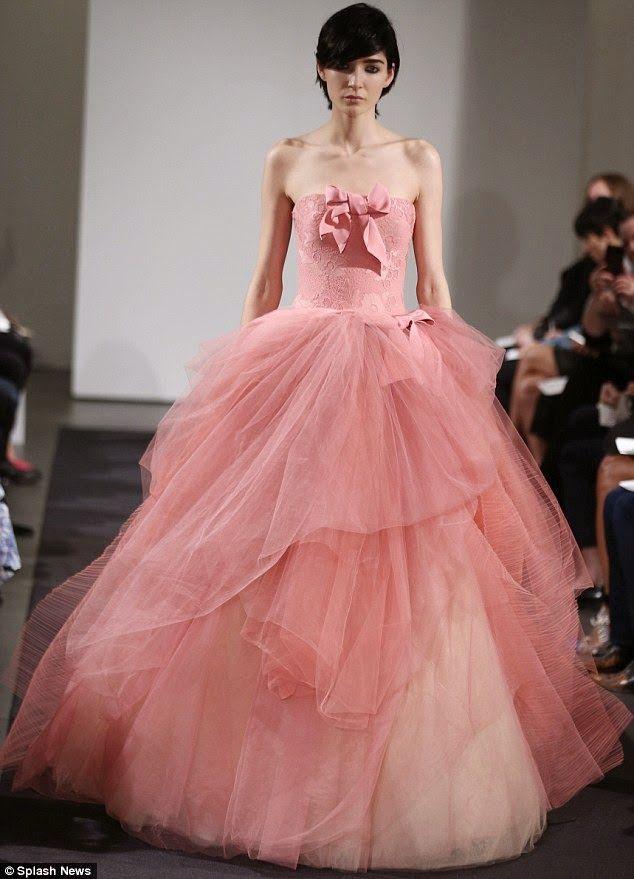 Vestido-de-novia-rosa