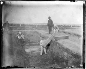 1890s Burial at Hart's Island - Jacob Riis
