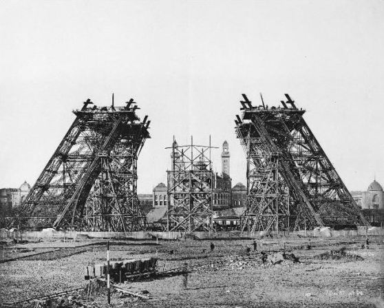 7 December 1888 Construction of the legs with wood scaffolding