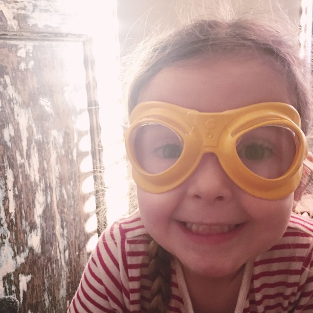 Those goggles! science experiments, how, to blog, how, to go, viral, instagram