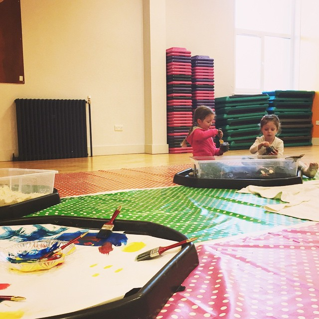 52/365 Messy play with friends. Little Skye fractured her leg a few weeks ago on a trampoline, the poor toot. She hasn't been at preschool so Ruby has really missed her . Today's play date was very much needed!