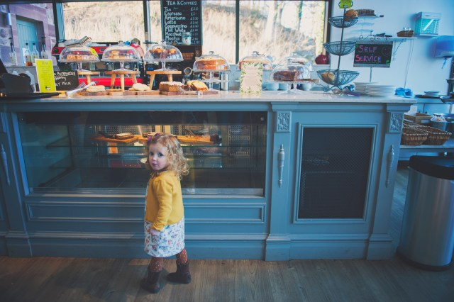best tea shops in edinburgh, coffee shop edinburgh, uk cafes, days out for kids, edinburgh parent blogger, edinburgh mummy blogger, lifestyle blogger, edinburgh mum photographer