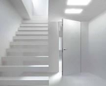 Πόρτα Ασφαλείας Κλάσης 3 filomuro (πρόσωπο στον τοίχο εσωτερικά) δίχως εμφανείς μεντεσέδες, κάσα και αρμοκάλυπτρα.