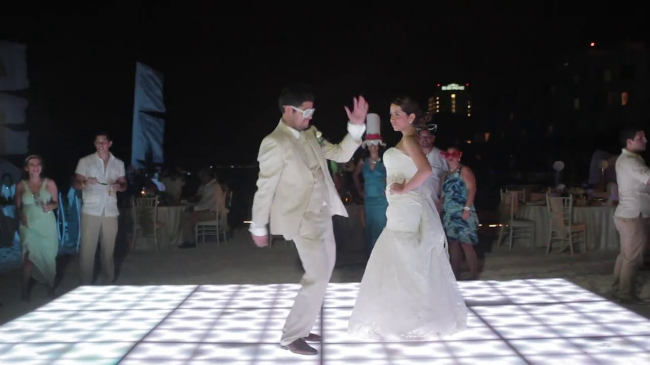 Myrna and Alex - Harlem Shake - Wedding video
