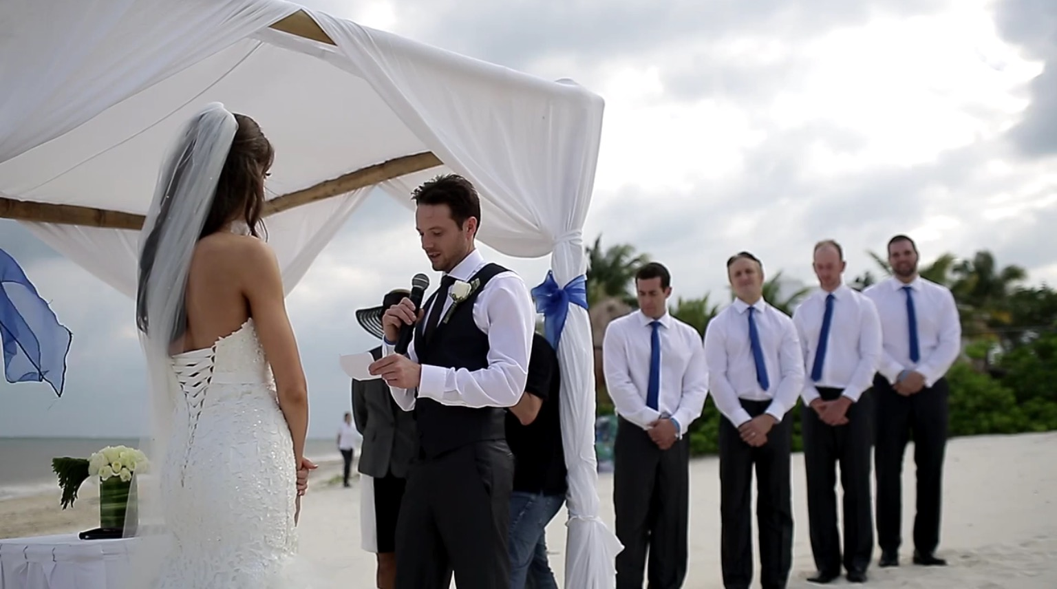 Laura + Mike Married at Ocean Coral & Turquesa - Wedding Film