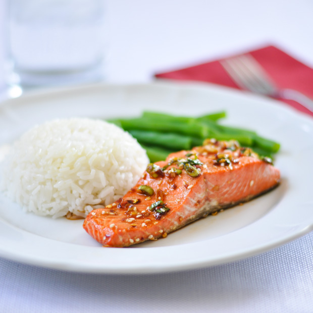 salmon-with-spicy-garlic-sauce-620px
