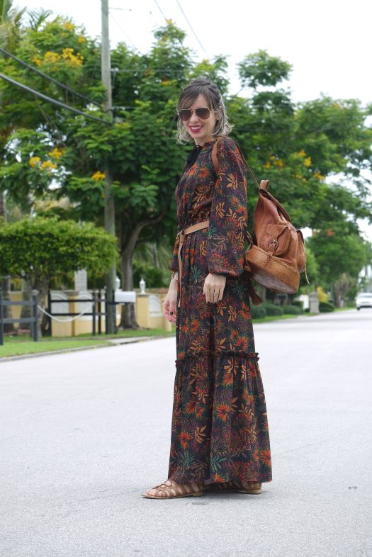 Alba Marina fashion blogger from Mylovelypeople blog share with all of you when and where gladiators sandals emerged.