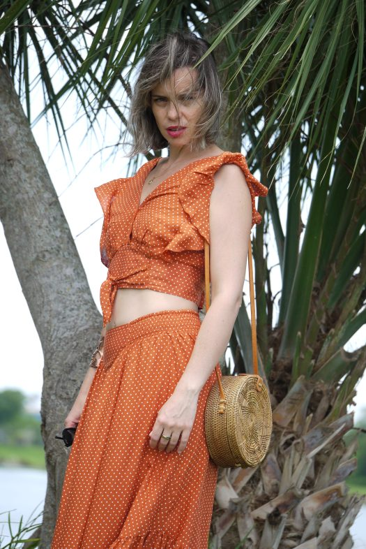 Alba Marina Otero fashion blogger from Mylovelypeople blog shares with you an inspiration por your next vacation to a warm place with this amazing set of polka dots and ruffle