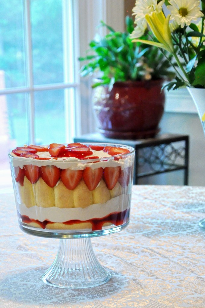 Strawberry Cream Cheese Trifle