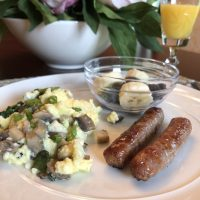 1 Delicious Breakfast: The Florentine Scramble