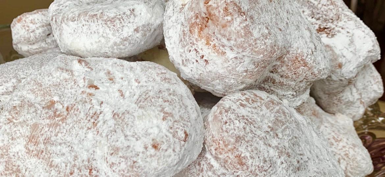 heart shaped cream filled doughnuts