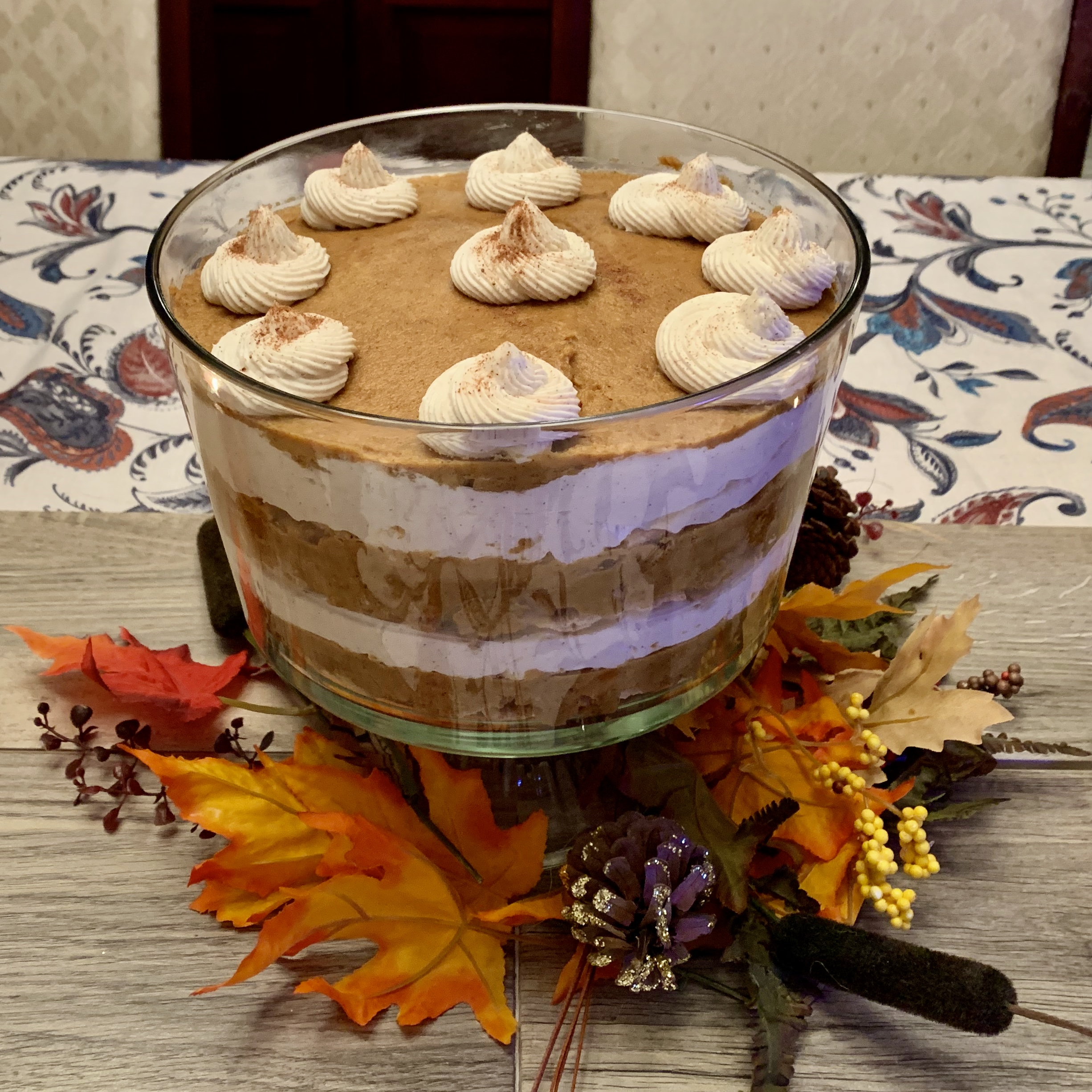 Pumpkin Cheesecake Trifle via @susanmylovingoven.com