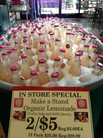bottles-display-make-a-stand-lemonade