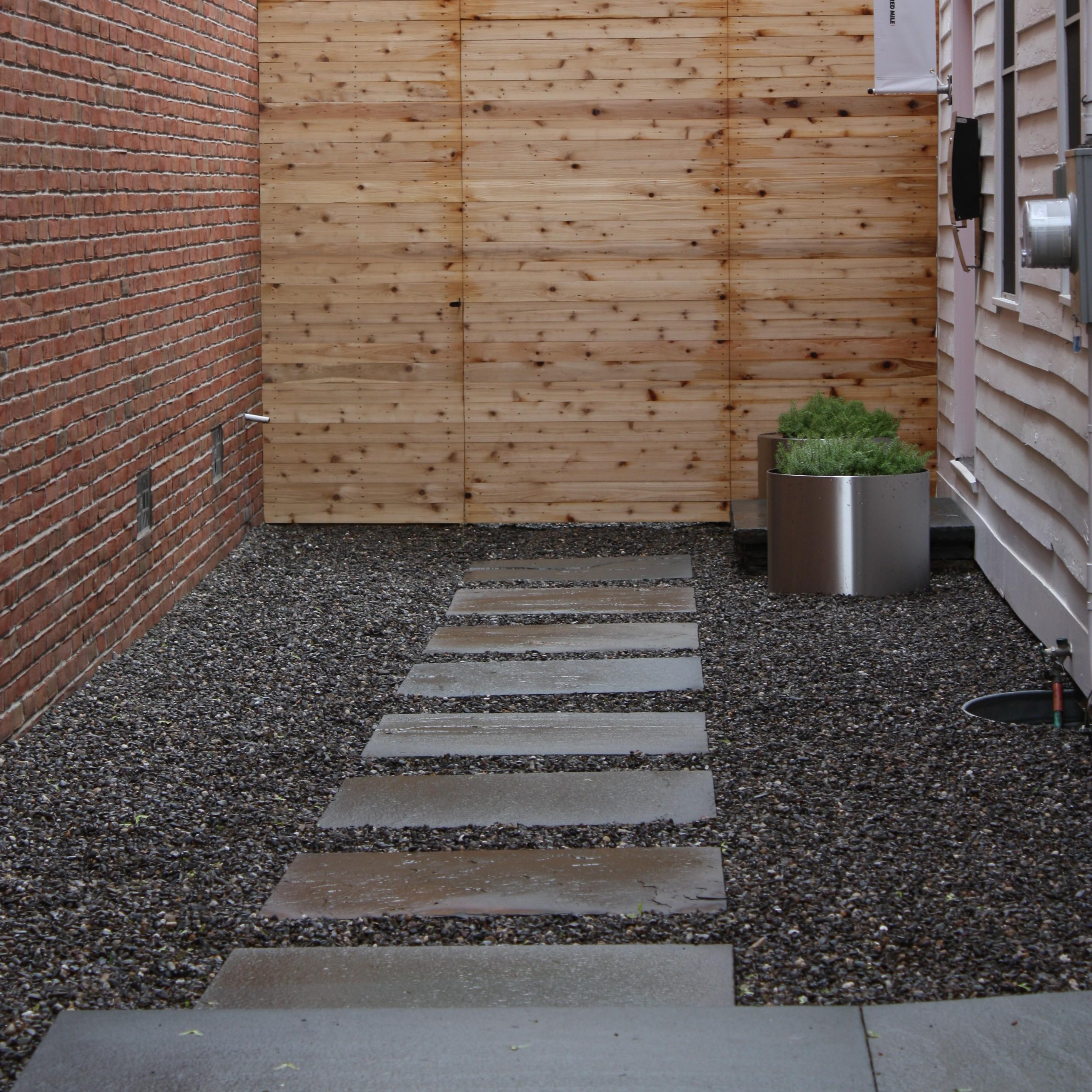 Stealing Ideas: Garden Paths | myMandC on Stepping Stone Patio Ideas  id=81201