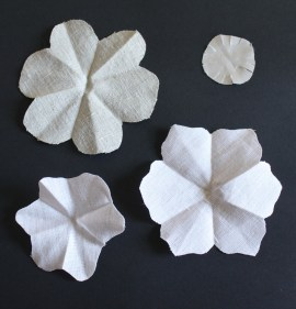 mml linen flower pieces