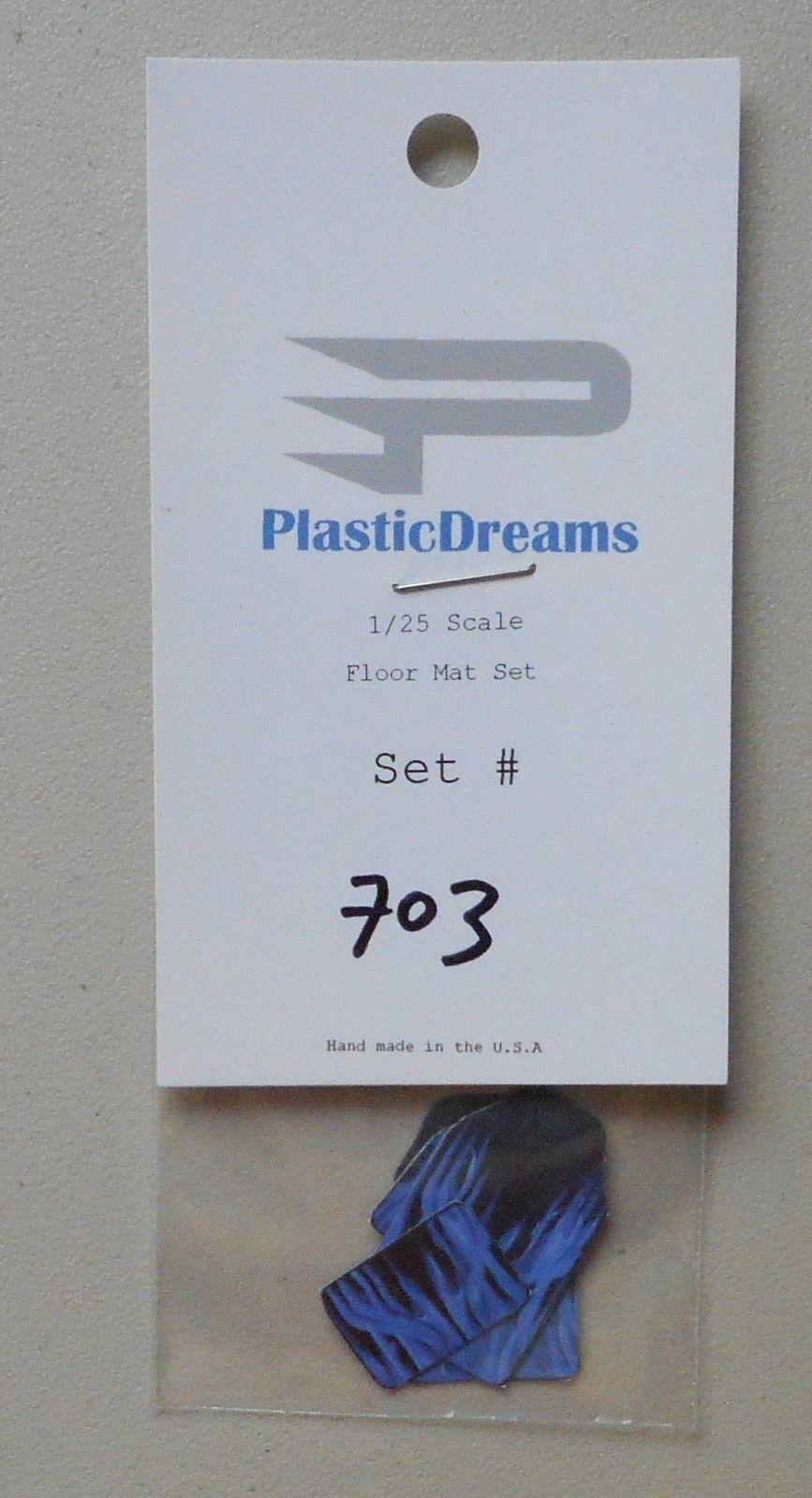 FORD CAR FLOOR MAT SET 1:24 1:25 PLASTIC DREAMS CAR MODEL ACCESSORY 103