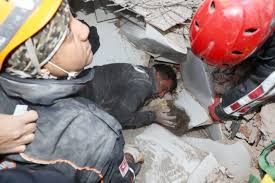 Earthquake: Little girl found alive after being under rubble for over 3 days (Photos/Video)