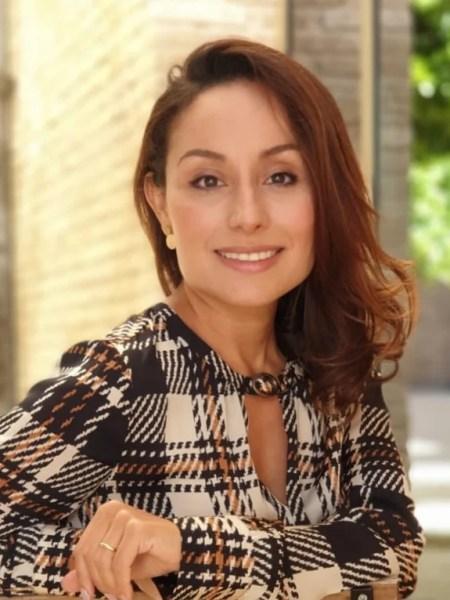 Dr Victoria Monroy - Ear-Nose-Throat