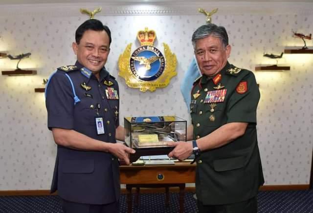Army Chief Gen Tan Sri Dato' Seri Panglima Hj Ahmad Hasbullah bin Hj Mohd Nawawi