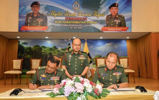 MG Meor Anuar Shuhaili Mohd Ramli replaces MG Datuk Hj Hasim Jabar as the 13th Royal Services Corps Chairman.
