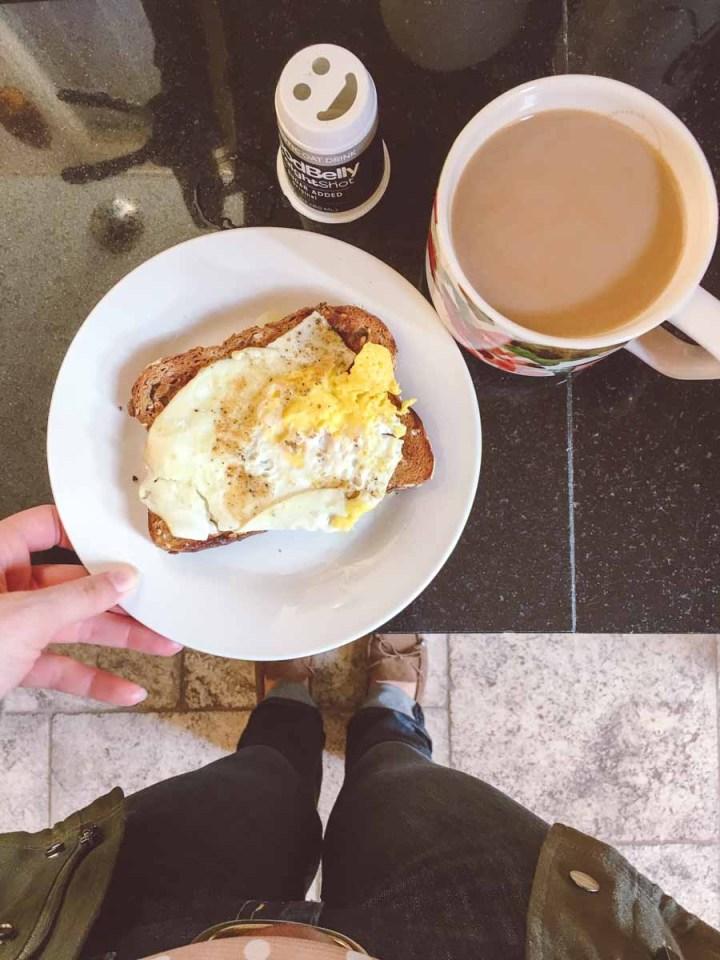 What a dietitian eats in a week - breakfast, coffee, egg