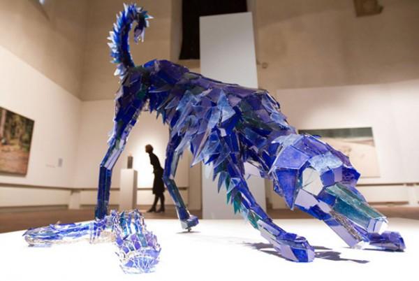 shattered-glass-animal-sculpture-marta-klonowska-9-600x402