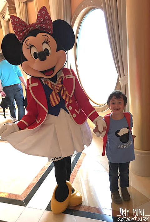 disney cruise minnie mouse