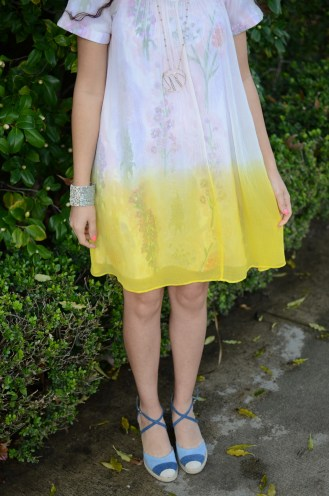 dipped-chroma-swing-dress-spring-summer-floral-yellow-anthropologie-myminiland-5
