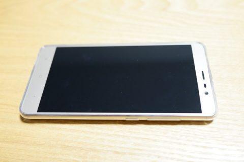 Redmi note3 pro レビュー -カバーつけたところの写真-その2