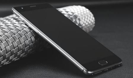 OnePlus 3 最強スペックでDSDS同時待受 CDMA2000も使える