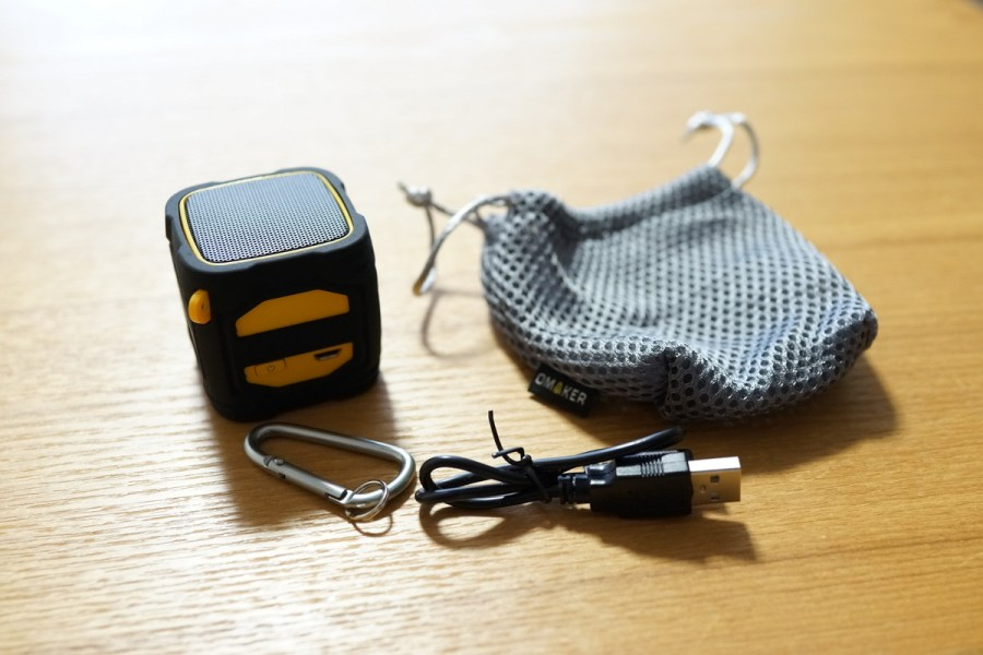 Omaker Bluetoothスピーカーレビュー コンパクトでタフボディーで大音量