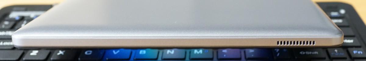 CUBE iWork 1X 実機レビュー 右側面スピーカーの参考画像
