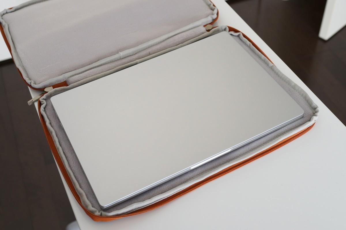 Xiaomi Mi Notebook Air 13 用のケース 収納参考写真