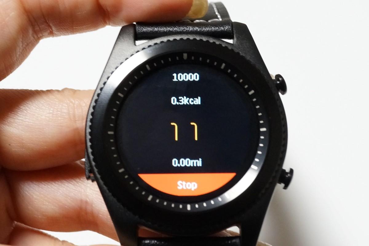 NO.1 S9 スマートウォッチレビュー 心拍・歩数計測、スマホペアリング機能付き