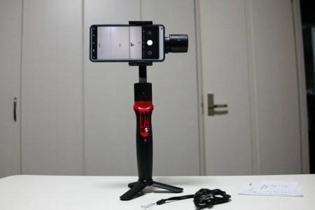 【クーポンで$74.99】スマホ用シンバル Wewow A-Lite Extendable 3-Axis Smartphone Gimbal Stabilizer レビュー