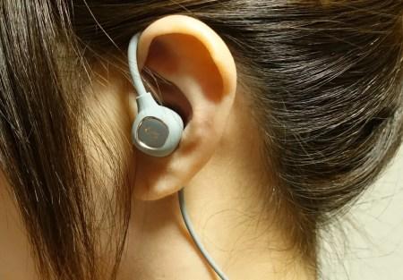 aptX LL低遅延対応・TYPE-C充電・8時間再生可能なBluetooth耳掛けイヤホンレビュー