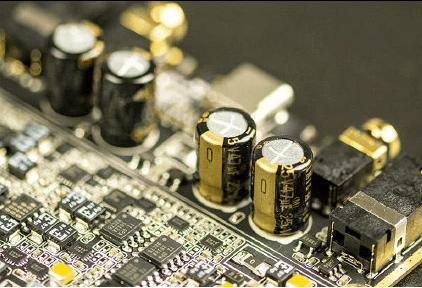 『HiBy R8』Adreno 512プロセッサ搭載世界初の4Gフラッグシップミュージックプレーヤーがリリース!