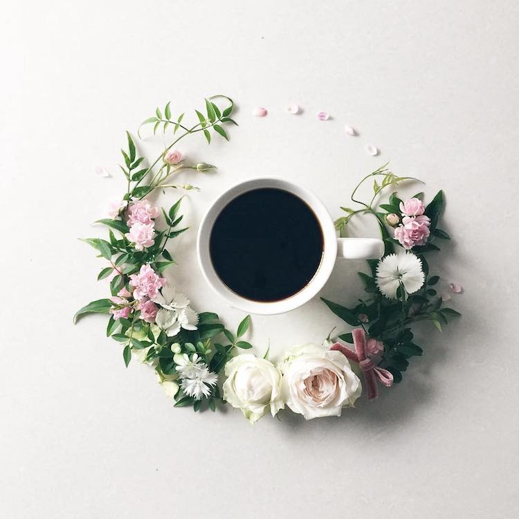 floral coffee art