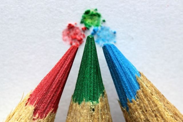 8 Essential Colored Pencil Techniques All Artists Need to Know
