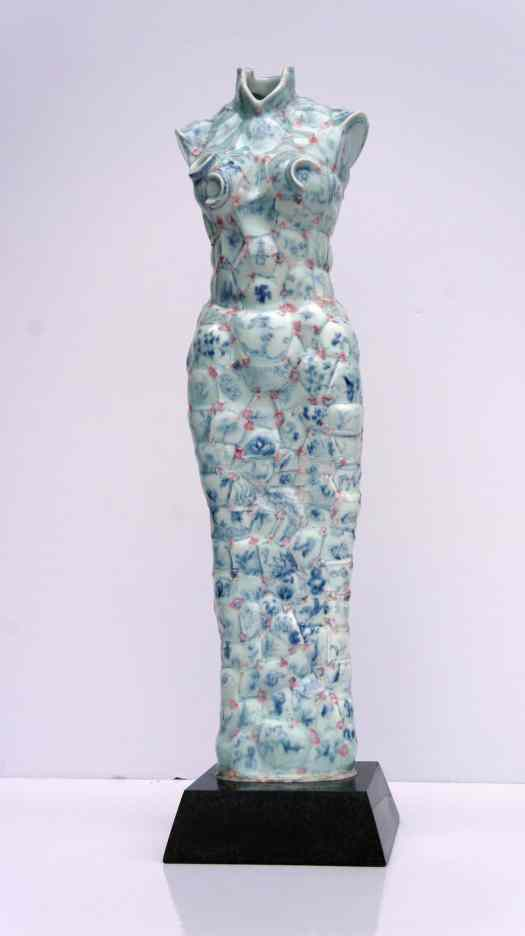 Dress Made of Porcelain by Li Xiaofeng